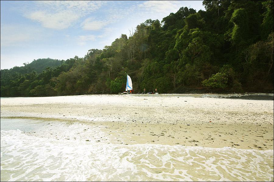 Май пен рай под парусами. Морской поход по Андаманским островам.